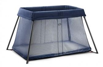 BabyBjörn Light Baleine Bleu : un lit parapluie haut de gamme
